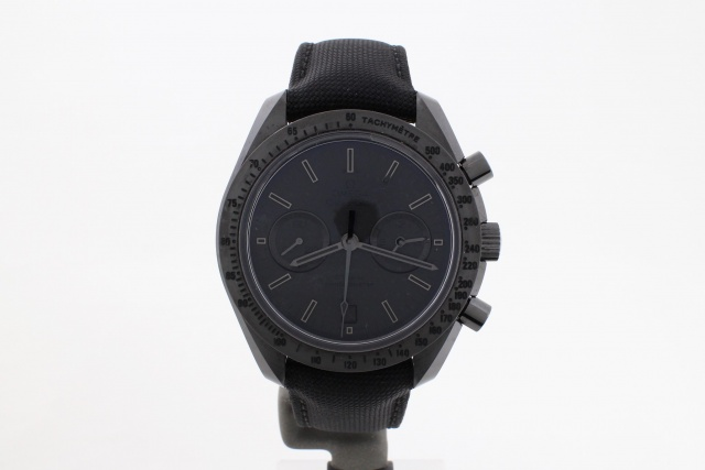 SÅLD - Omega Speedmaster Dark Side of the Moon Black Black