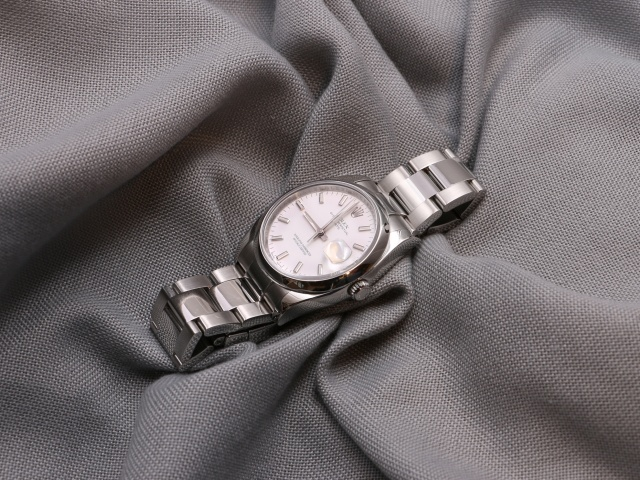 SÅLD - Rolex Oyster Perpetual Date, 34mm, vit index. Full set, nyservad