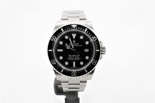 SÅLD - Rolex Sea-Dweller 4000 116600, Nyskick, Full set 2016